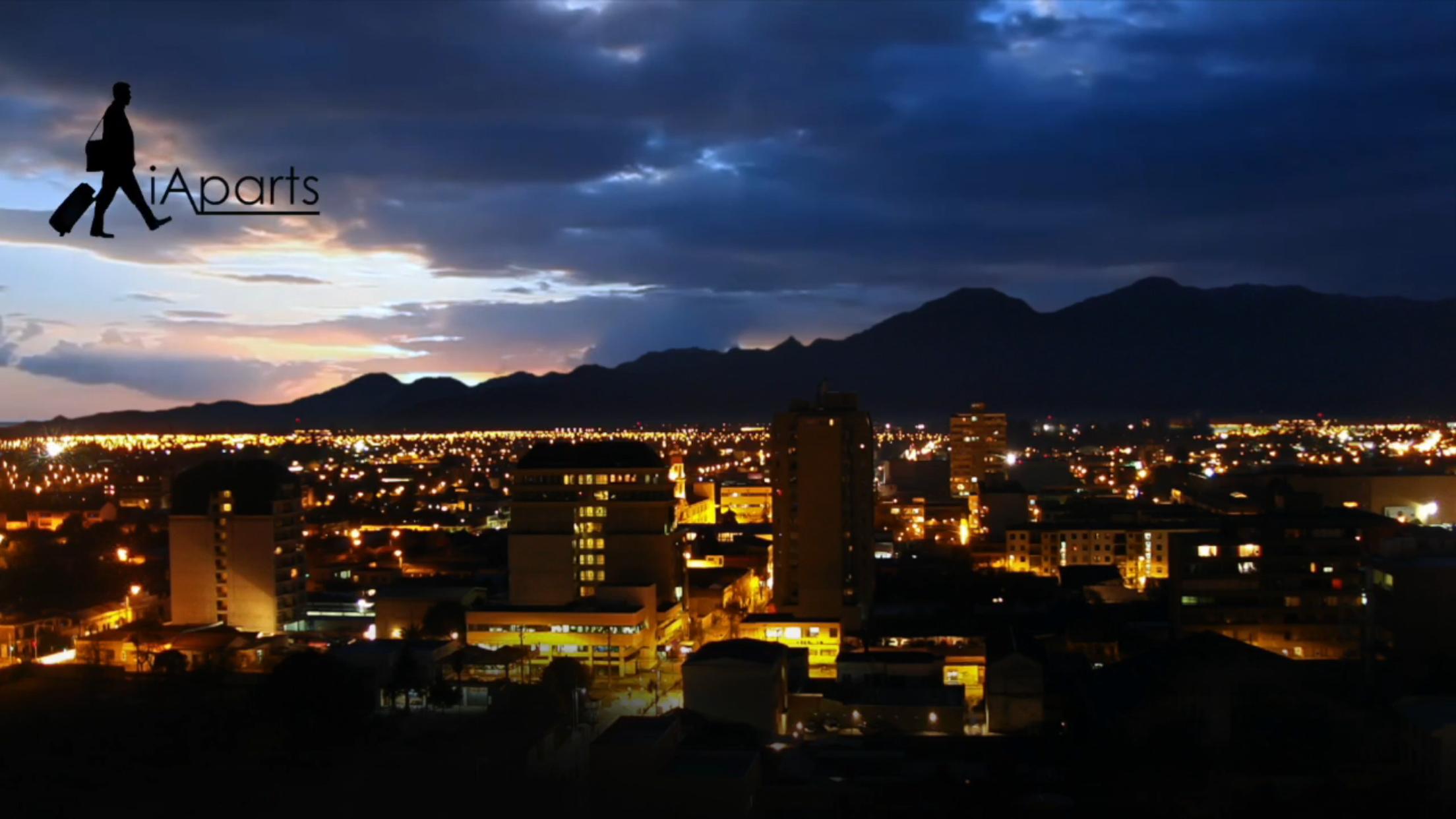 Hermosa vista del atardecer del centro de Rancagua desde las alturas de edificio Panoramic. Fotografía tomada desde el balcón en sunset
